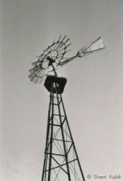 WindmillinBlackandWhite